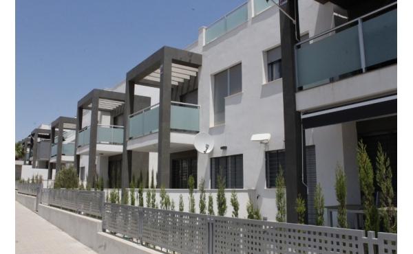 Modern lägenhet i Punta Prima