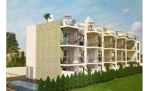 Nya, moderna lägenheter nära stranden
