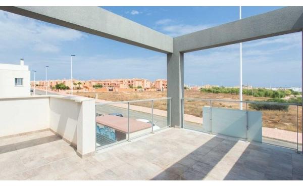 Fantastisk lägenhet på sista våningen i  Torrevieja