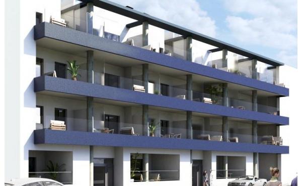 Helt ny modern lägenhet belägen bara 70 meter från stranden
